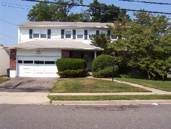 Oceanside, NY 9 Rooms ,  (4 bed. 2 bath.)
